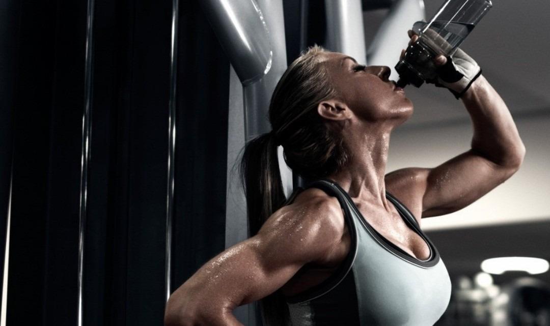 La ritenzione idrica: come drenare i liquidi in eccesso per sentirsi in forma?